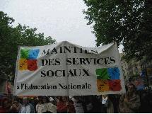 Un collectif d'assistants sociaux scolaires dans l'action dans le 94
