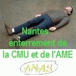 Nantes : Cérémonie d'enterrement de la CMU et de l'AME