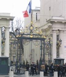 Notre position, nos analyses et commentaires de l'Avant-Projet de Loi relatif à la Prévention de la Délinquance – version Avril 2006